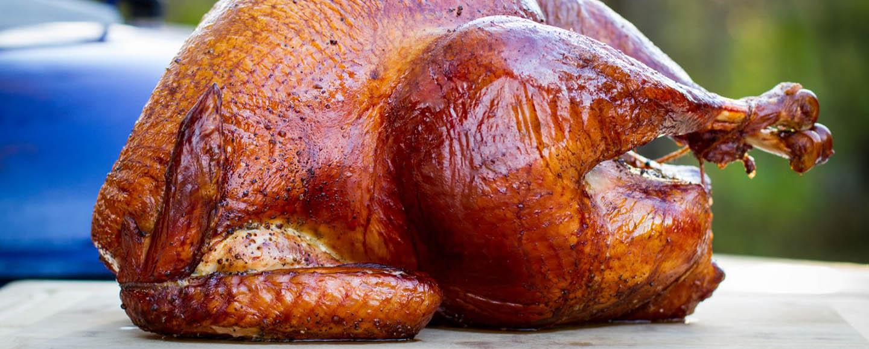 Easy Ways to Smoke a Turkey in a Smoker
