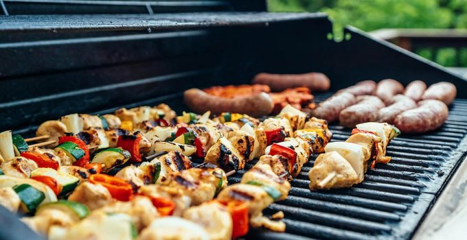 What are custom BBQ grills?