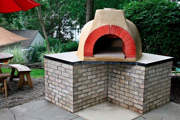 image of outdoor pizza oven